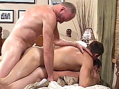 Gay Bareback Paul Stag, Bryce Anderson & Ryan daddy gay movies