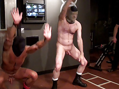 What was supposed to be a smoking serious strained workout scene turned likes a hyper-competative farce as the mostly naked prisoners fail to one up every other through their sets, stumbling on almost every exercise. Puppy is then strained to keep movin